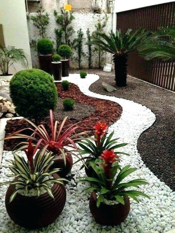Wonderful Yard No Grass Design Ideas 14