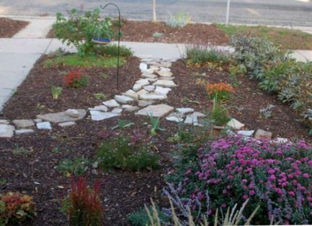 Wonderful Yard No Grass Design Ideas 20