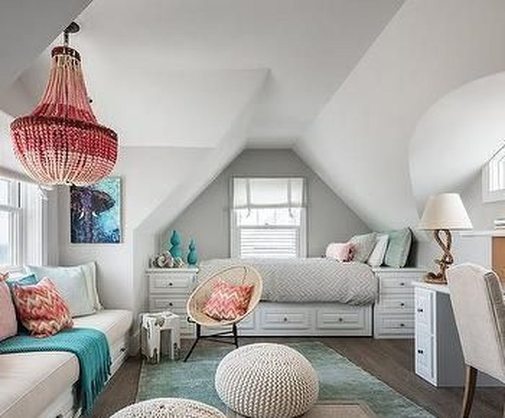 Amazing Attic Bedroom Design Ideas That You Will Like 03