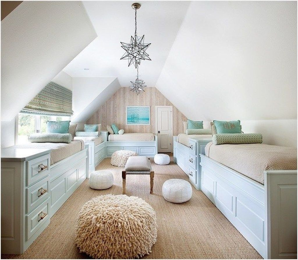 Amazing Attic Bedroom Design Ideas That You Will Like 05