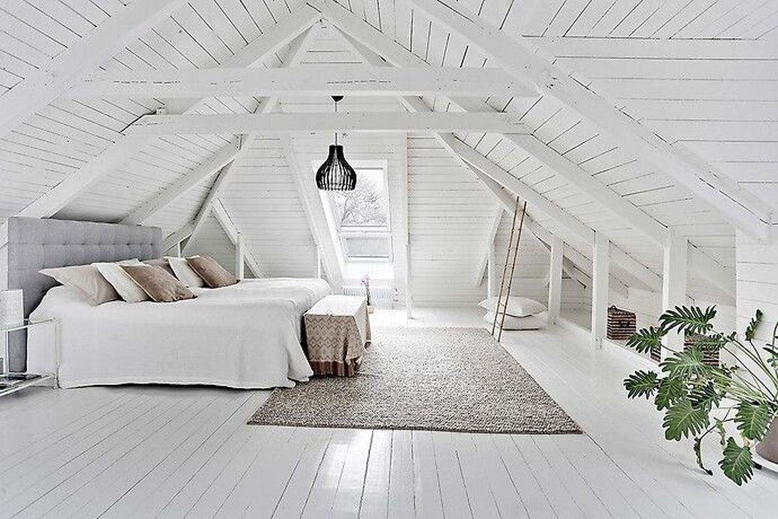 Amazing Attic Bedroom Design Ideas That You Will Like 13