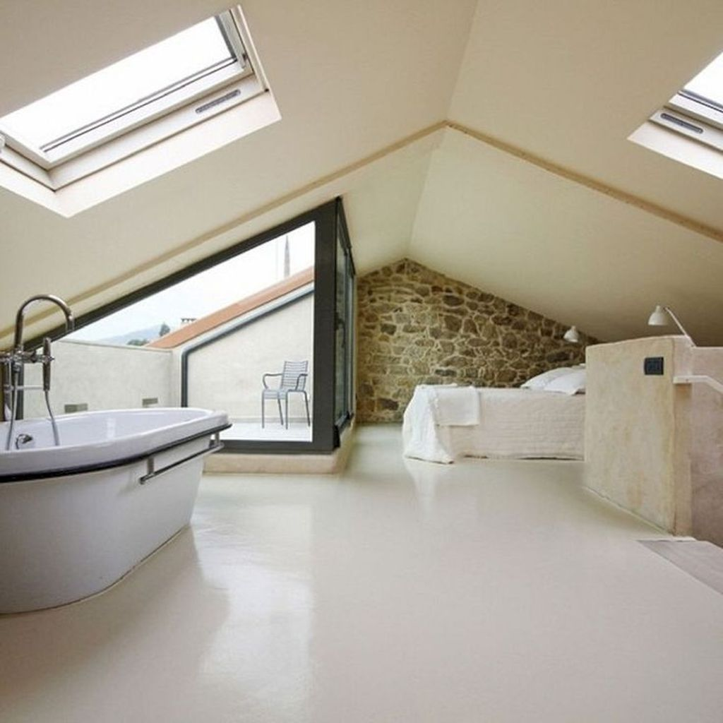 Amazing Attic Bedroom Design Ideas That You Will Like 15