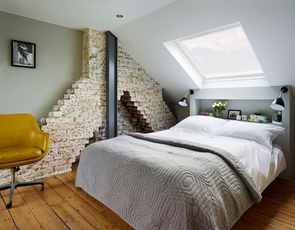 Amazing Attic Bedroom Design Ideas That You Will Like 31