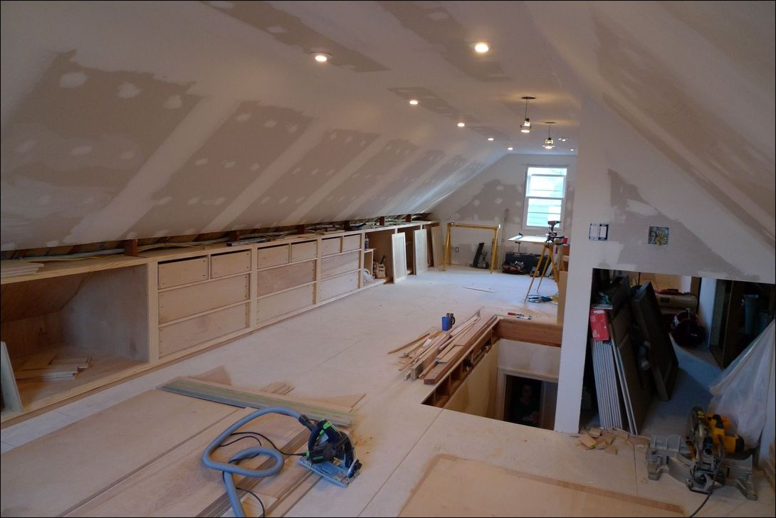Amazing Attic Bedroom Design Ideas That You Will Like 33