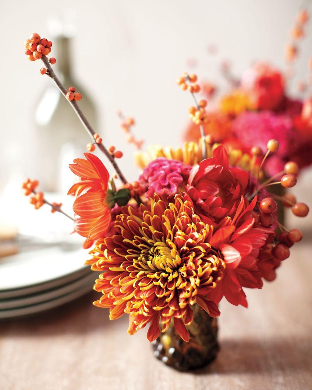 Beautiful Fall Flower Arrangement Design Ideas For Living Room Decor 02