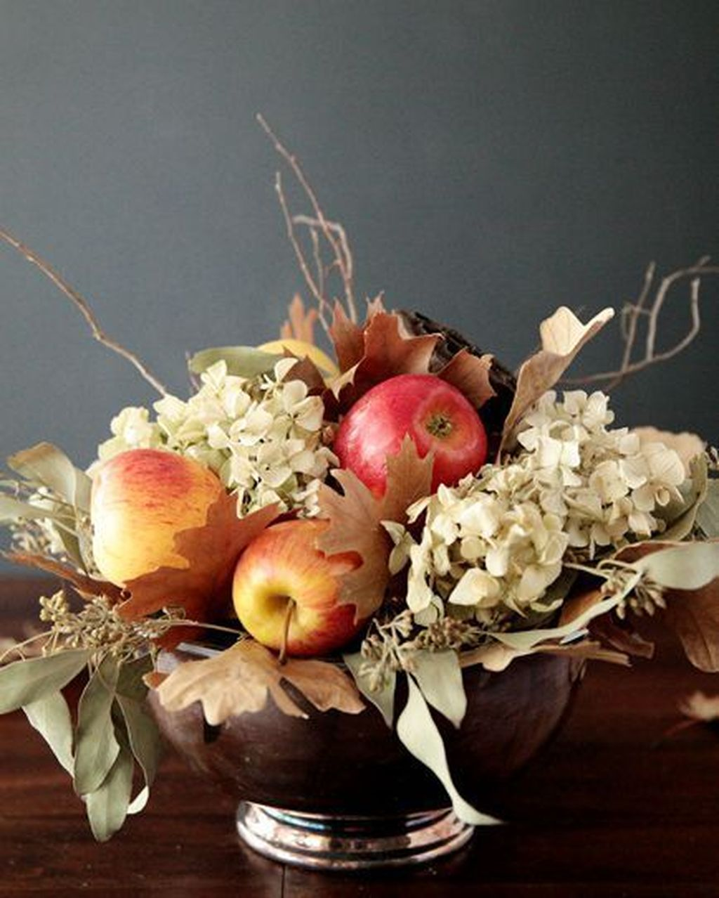 Beautiful Fall Flower Arrangement Design Ideas For Living Room Decor 03