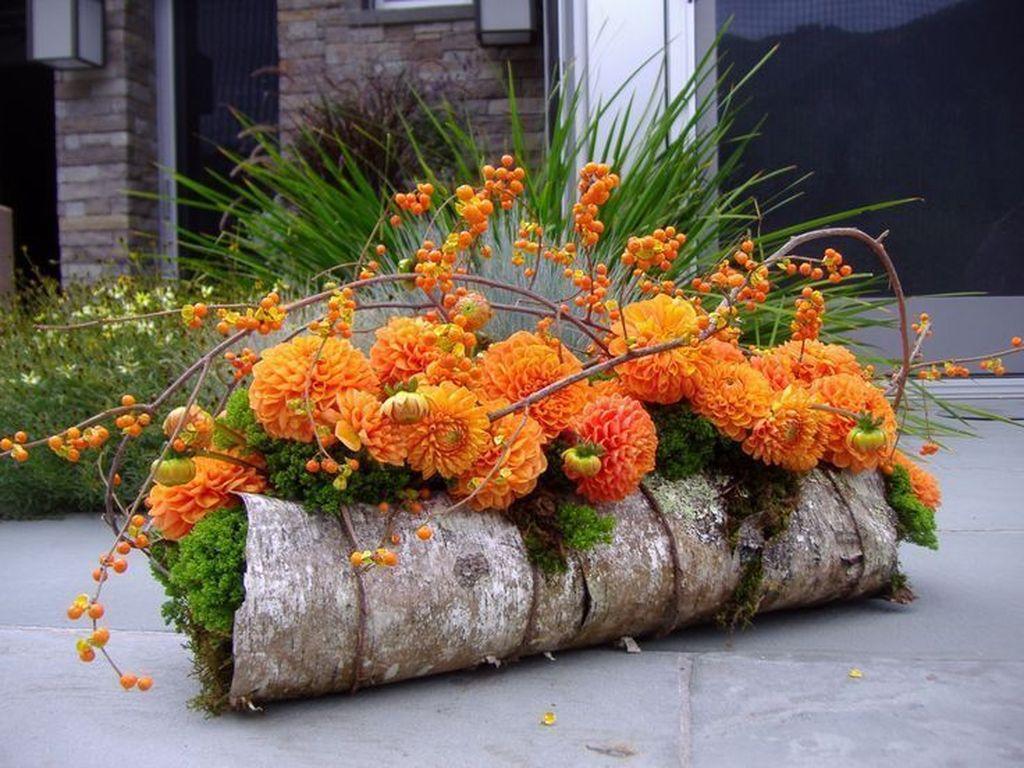 Beautiful Fall Flower Arrangement Design Ideas For Living Room Decor 11