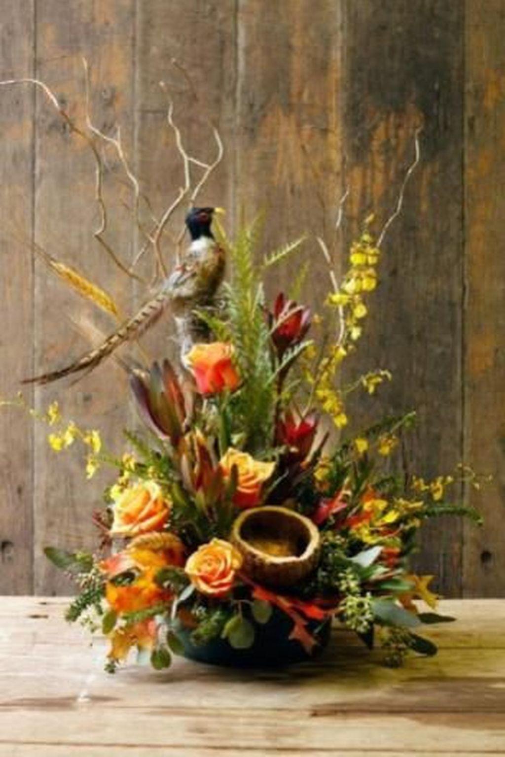Beautiful Fall Flower Arrangement Design Ideas For Living Room Decor 23