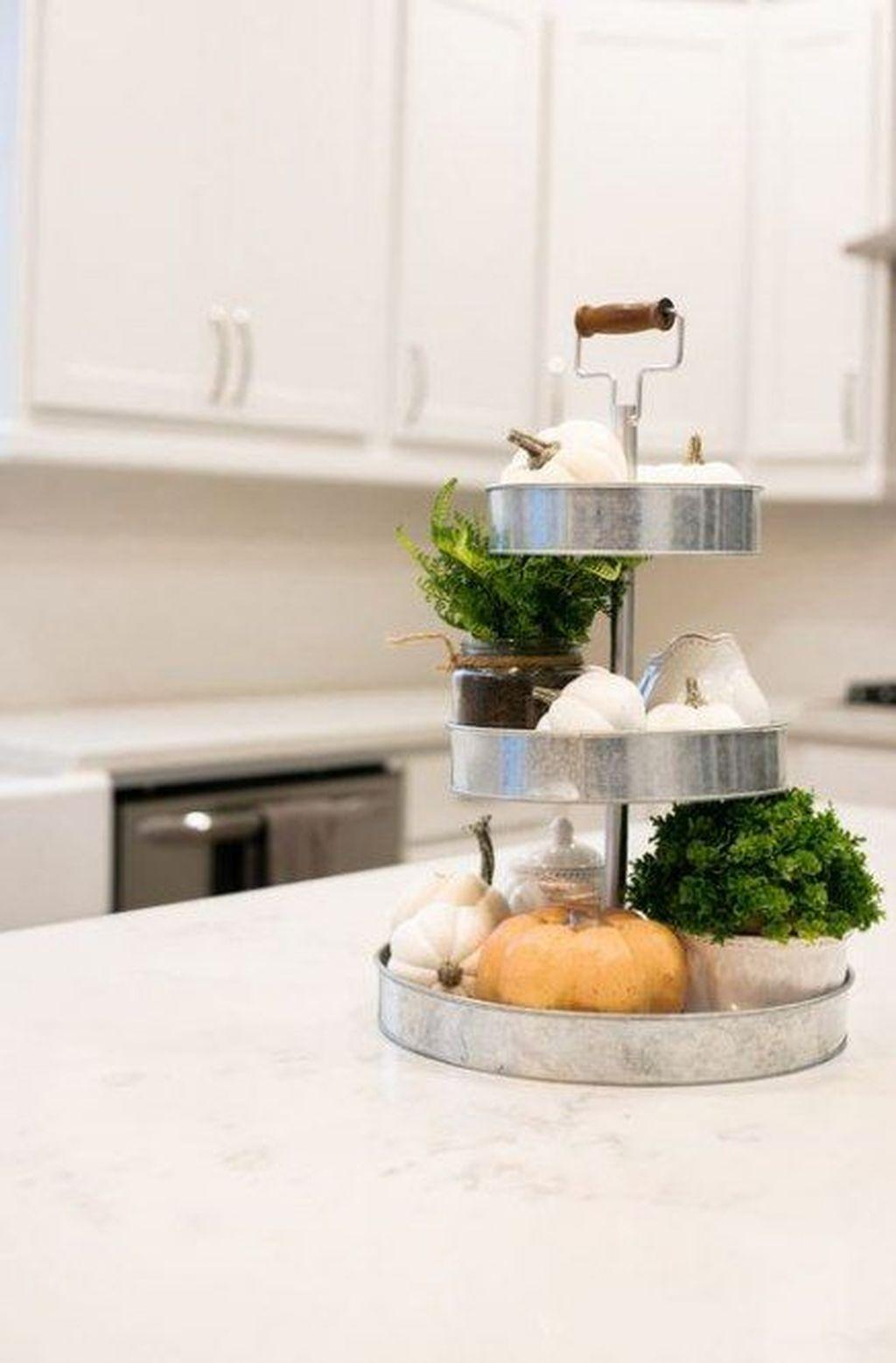 Beautiful Fall Theme Kitchen Island Decor Ideas 24