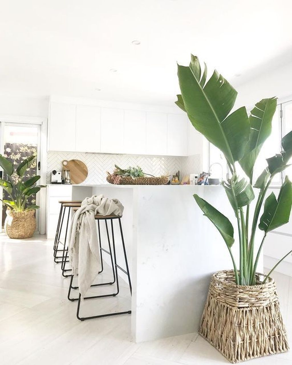 Beautiful Oasis Home Decor Ideas You Must Try 16