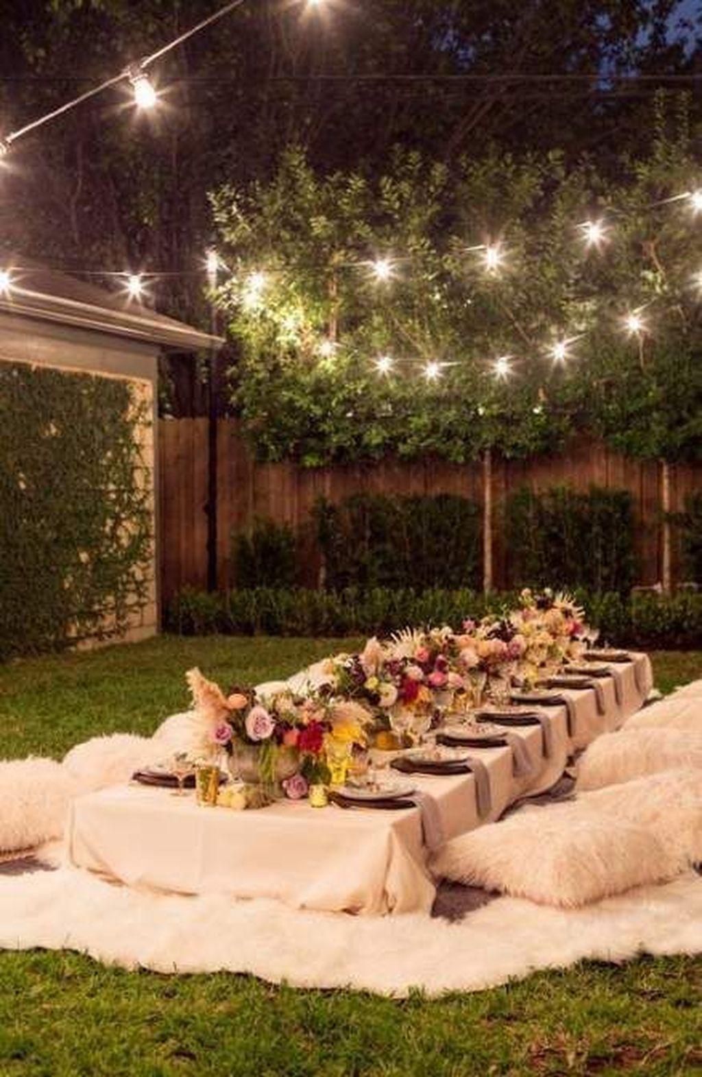 Fabulous Fall Backyard Party Decorations Ideas 25