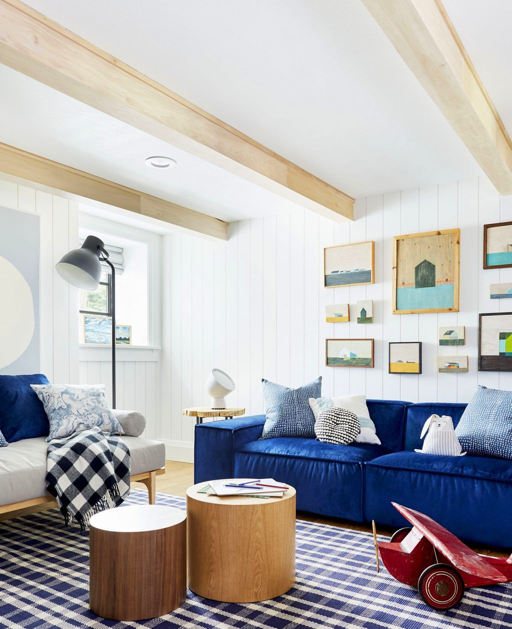 Fabulous Family Friendly Living Room Decoration Ideas 09