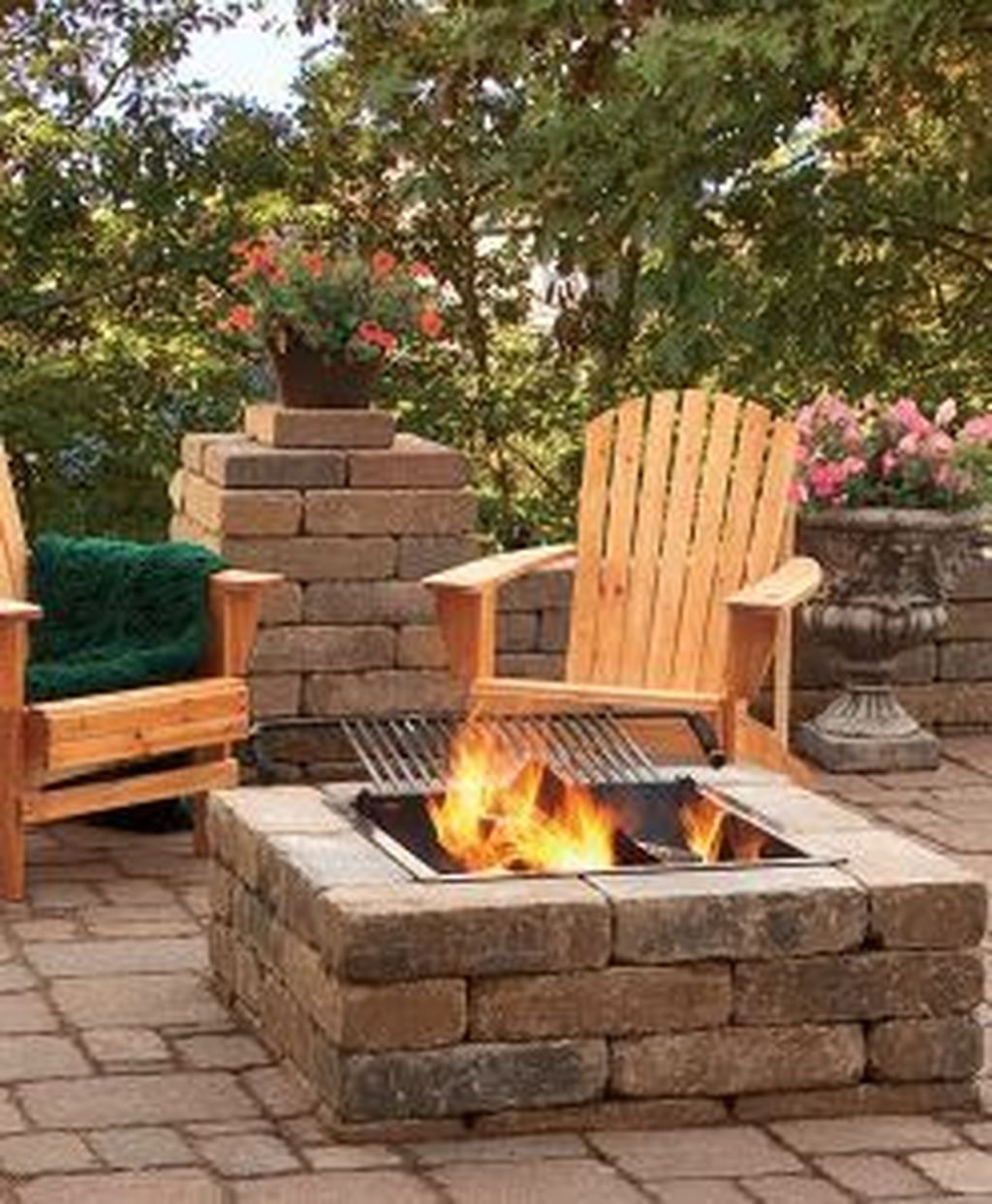 Fabulous Stone Fire Pit Design And Decor Ideas 09
