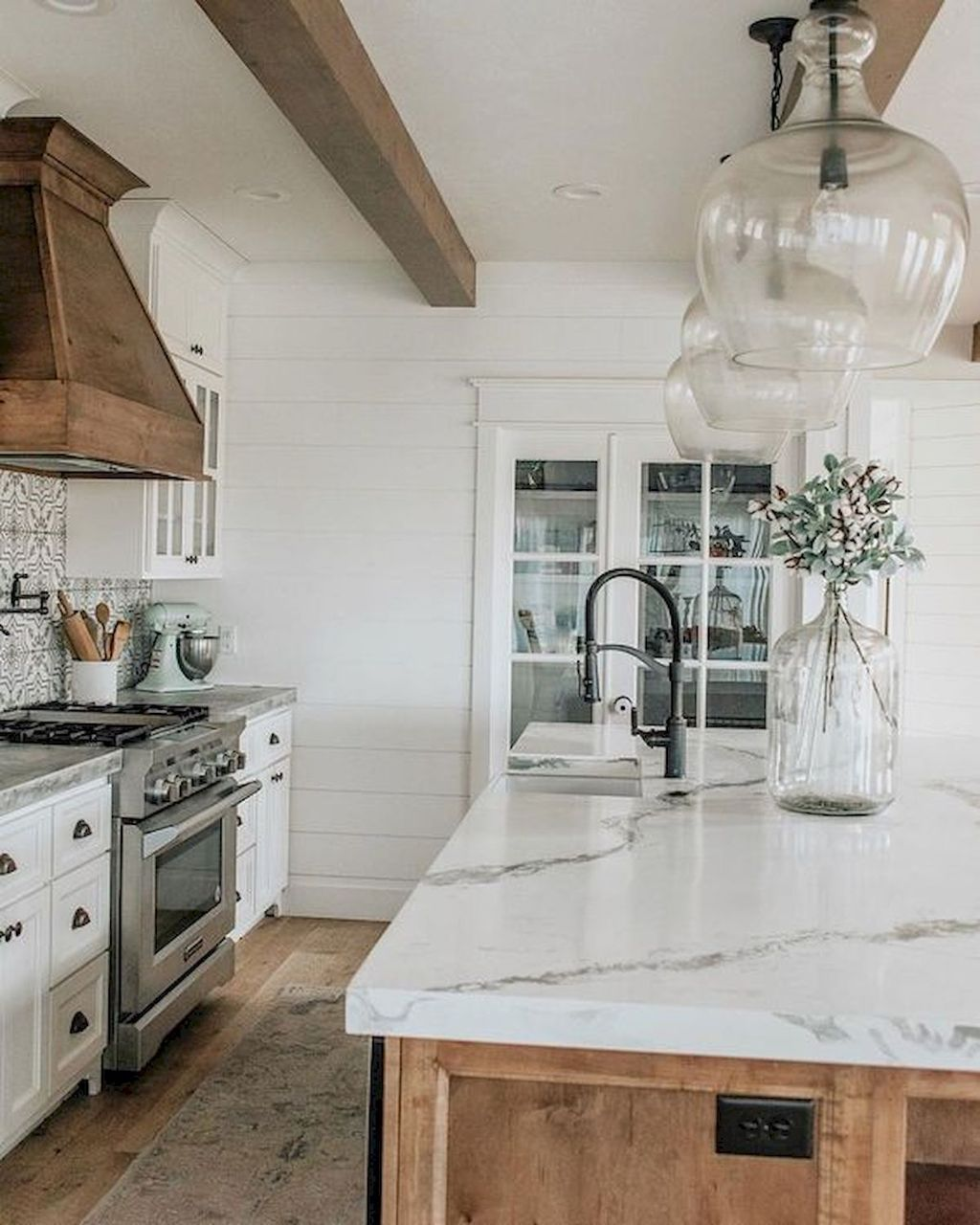 Gorgeous Kitchen Countertops Design Ideas 07