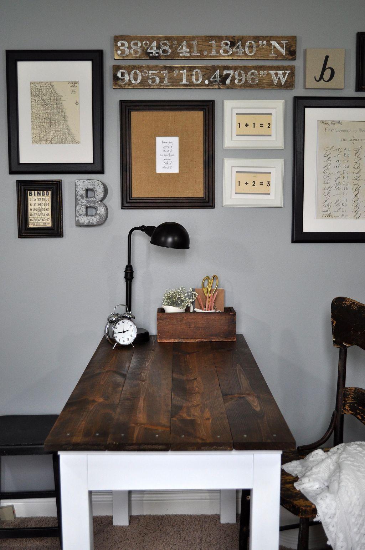 Gorgeous Vintage Farmhouse Office Decorating Ideas 15