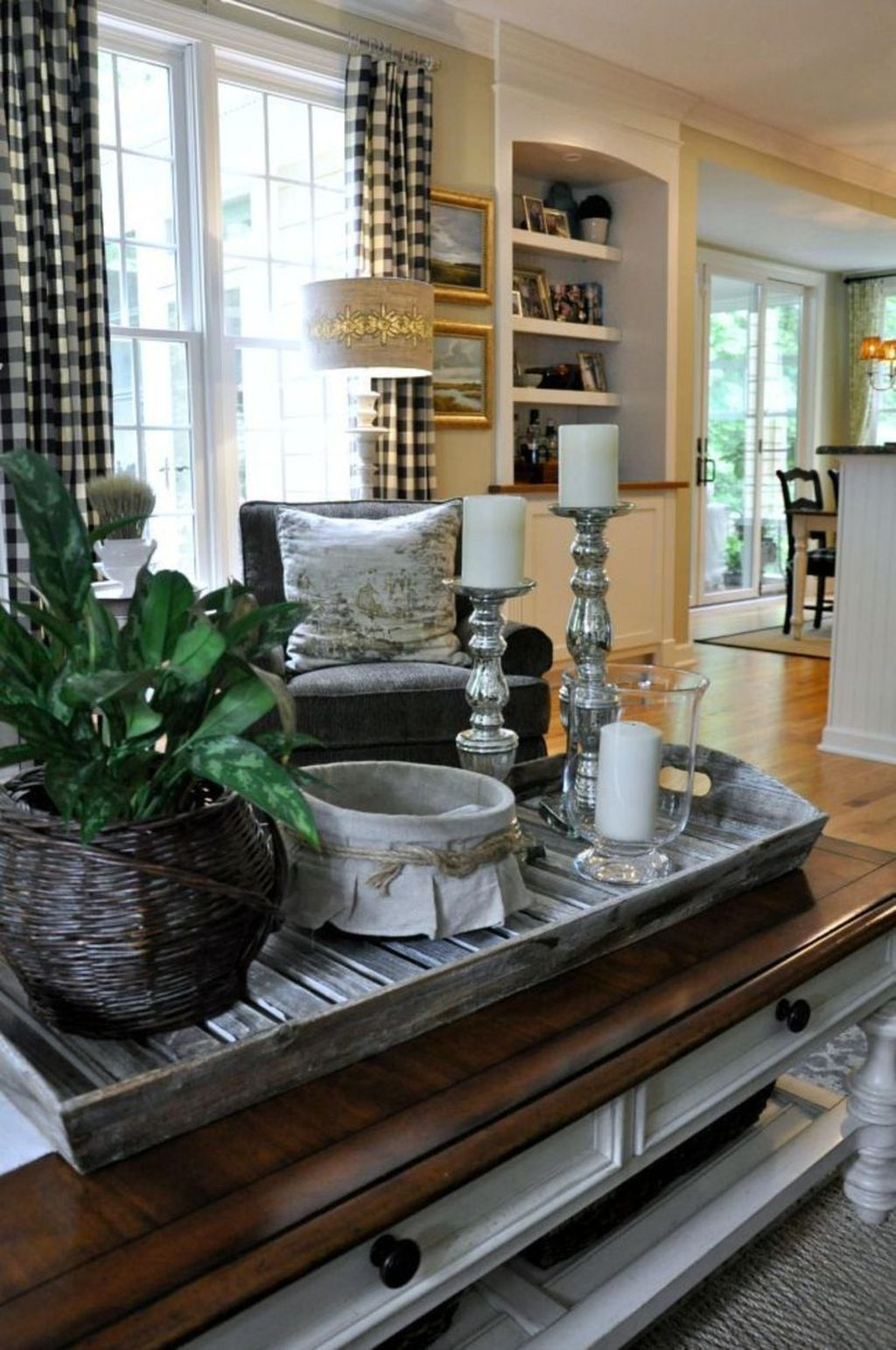 Inspiring Fall Living Room Decor Ideas On A Budget 10