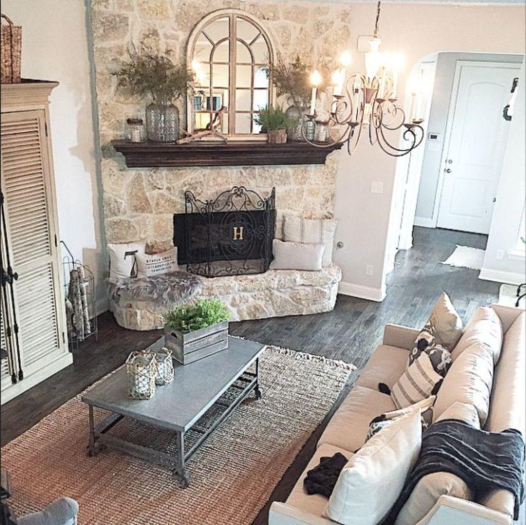 Inspiring Fall Living Room Decor Ideas On A Budget 14