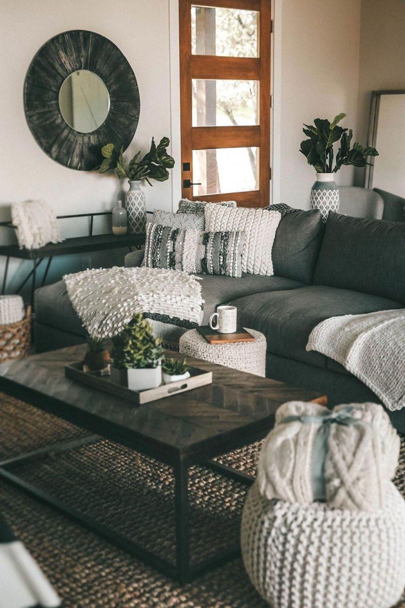 Inspiring Fall Living Room Decor Ideas On A Budget 19