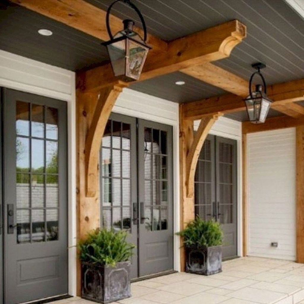 Inspiring Farmhouse Front Porch Decor Ideas 11
