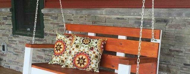 Inspiring Farmhouse Front Porch Decor Ideas 21