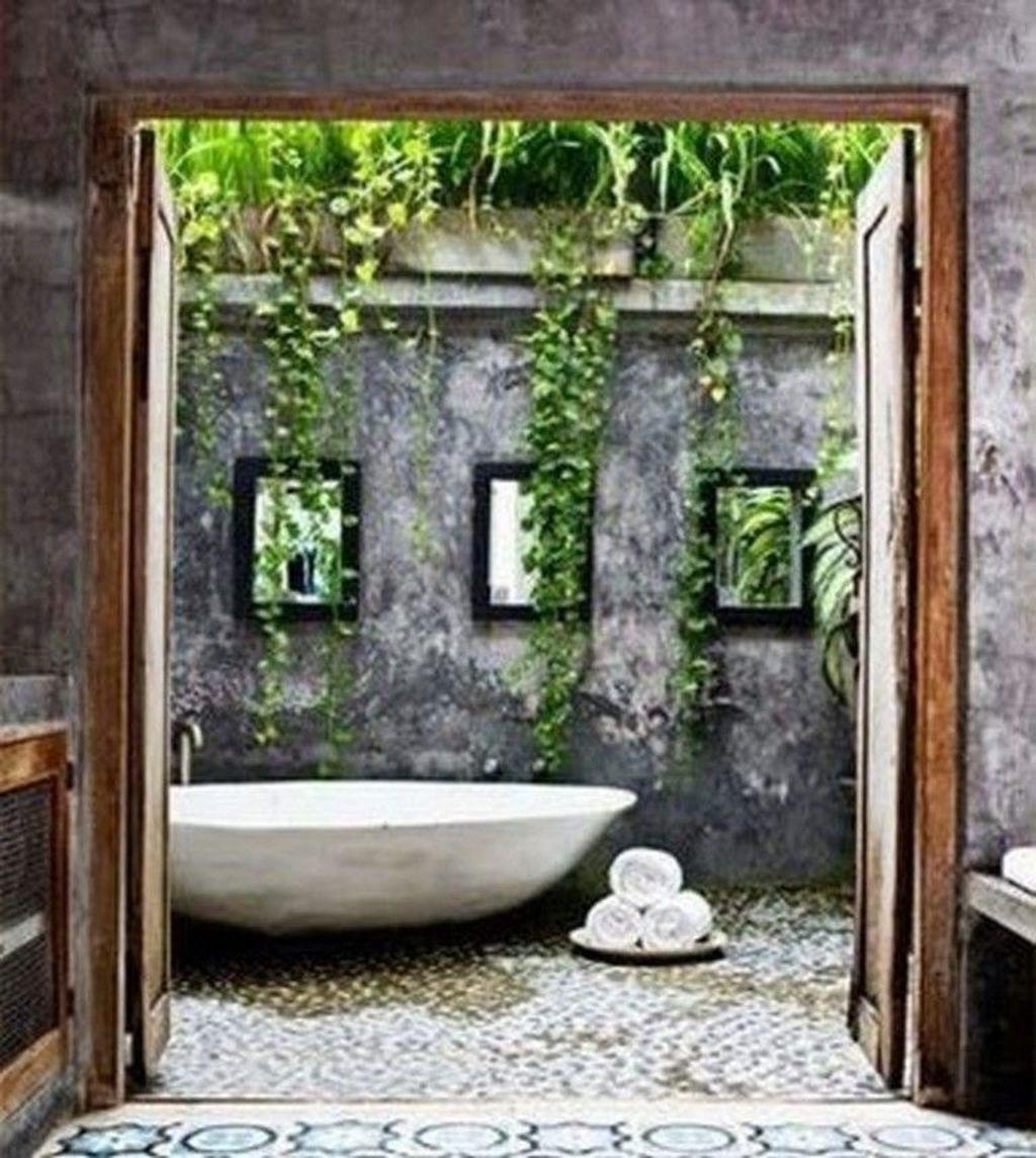 Inspiring Jungle Bathroom Decor Ideas 06