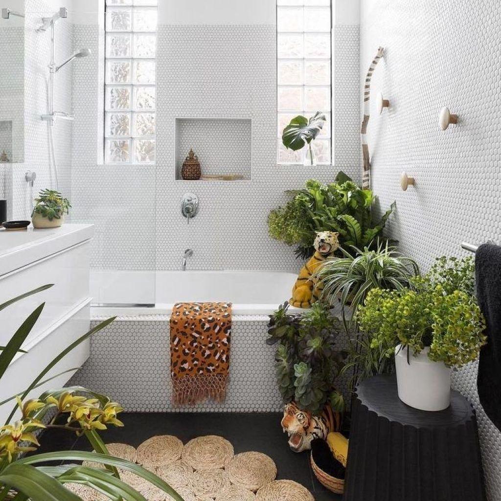 Inspiring Jungle Bathroom Decor Ideas 29