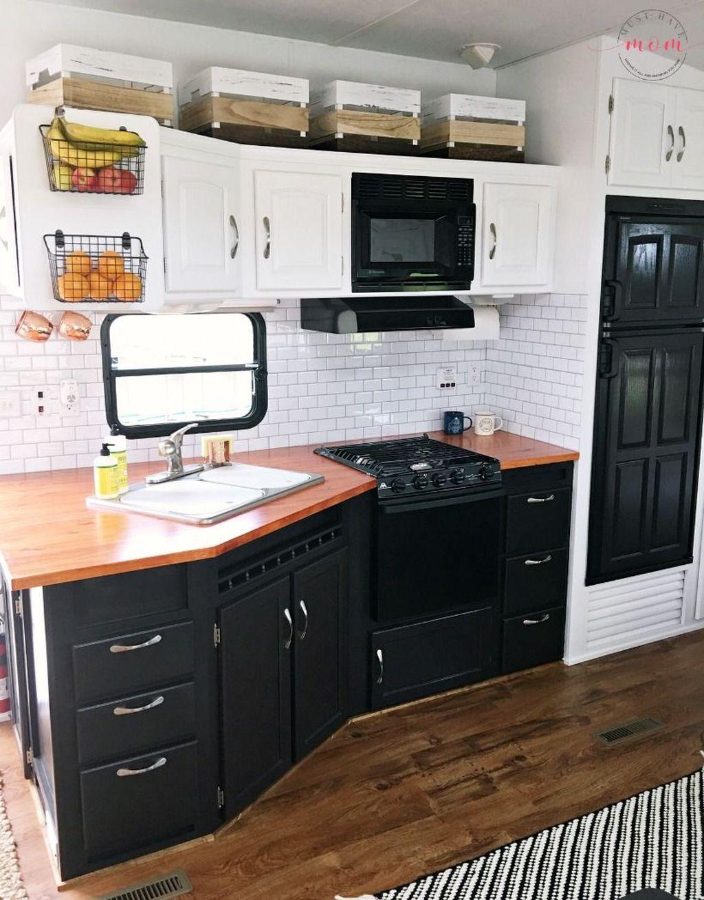 Inspiring RV Kitchen Design And Decor Ideas 04