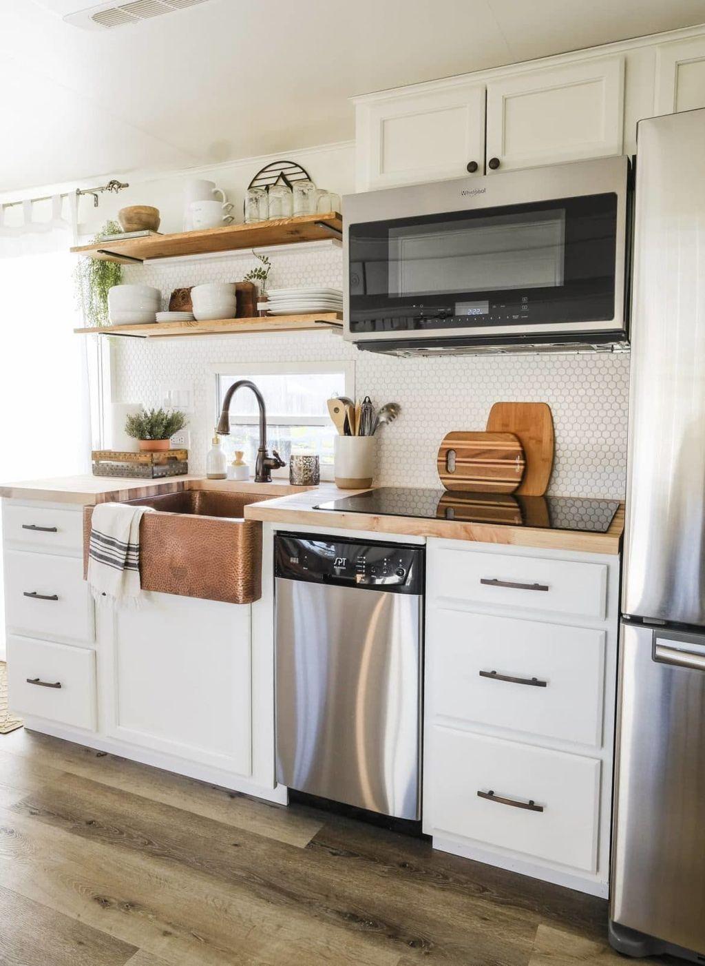 Inspiring RV Kitchen Design And Decor Ideas 25