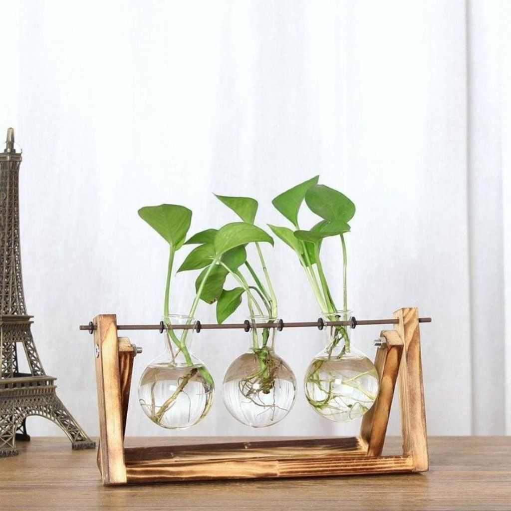 Lovely Bud Vase Centerpiece Decor Ideas For Your Dining Table 34