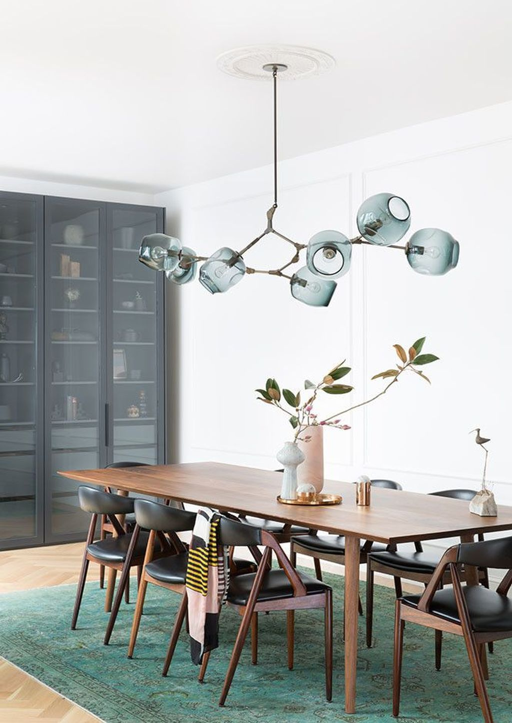 Lovely Family Dining Room Design And Decor Ideas 08