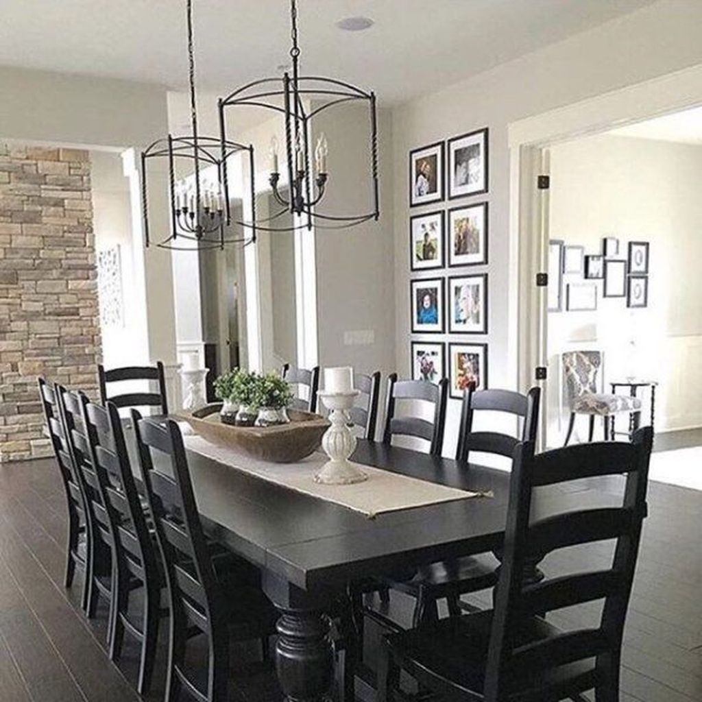 Lovely Family Dining Room Design And Decor Ideas 26