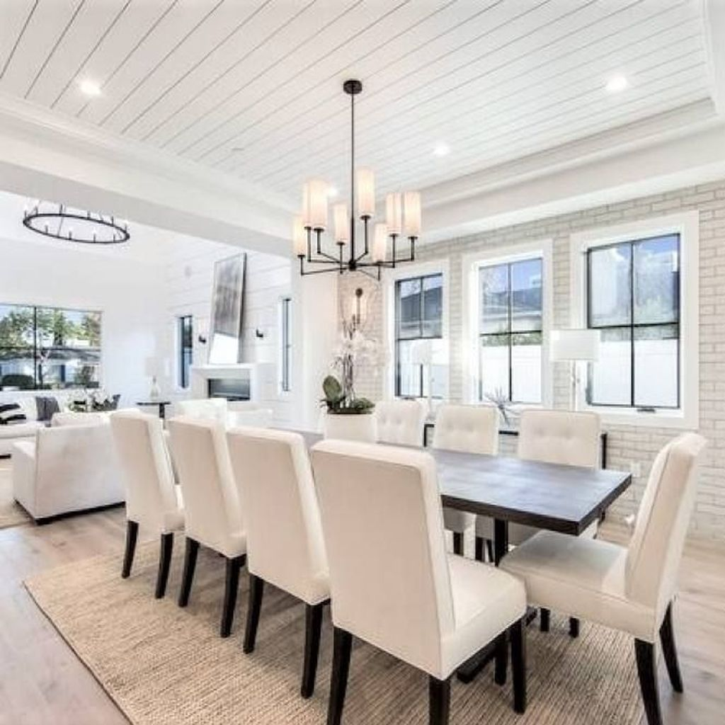 Lovely Family Dining Room Design And Decor Ideas 29