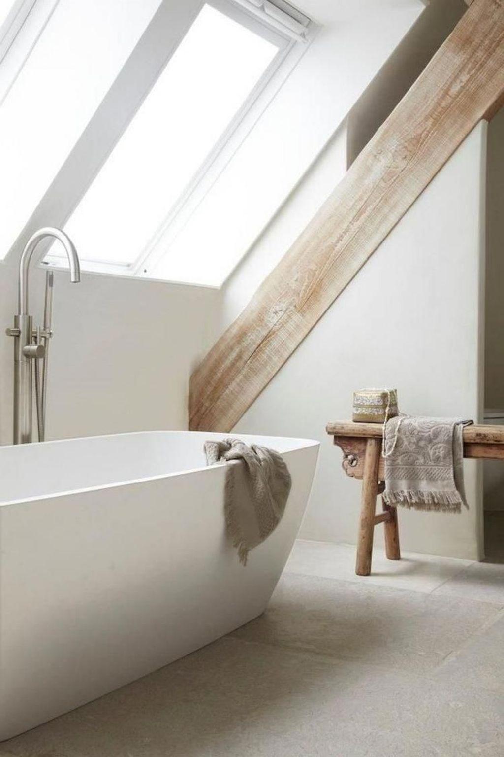 Lovely Farmhouse Bathroom Design Ideas 07