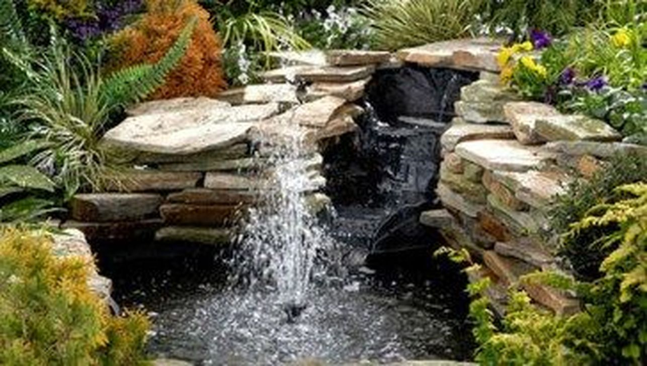 Nice Fish Ponds Backyard Decoration Ideas 03