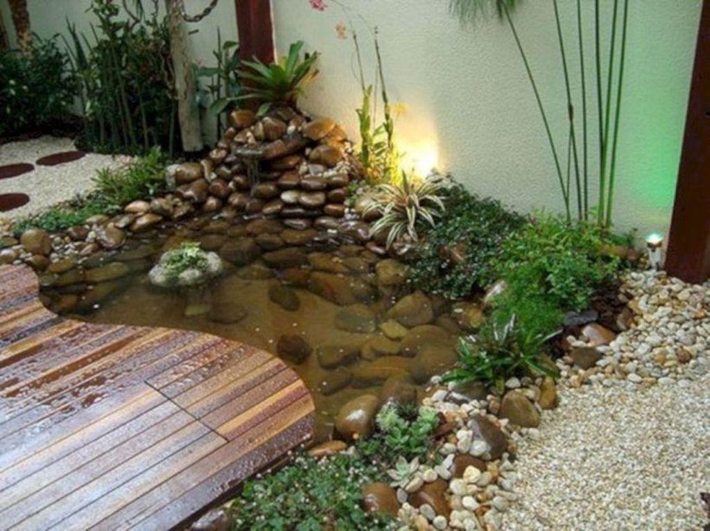 Nice Fish Ponds Backyard Decoration Ideas 04