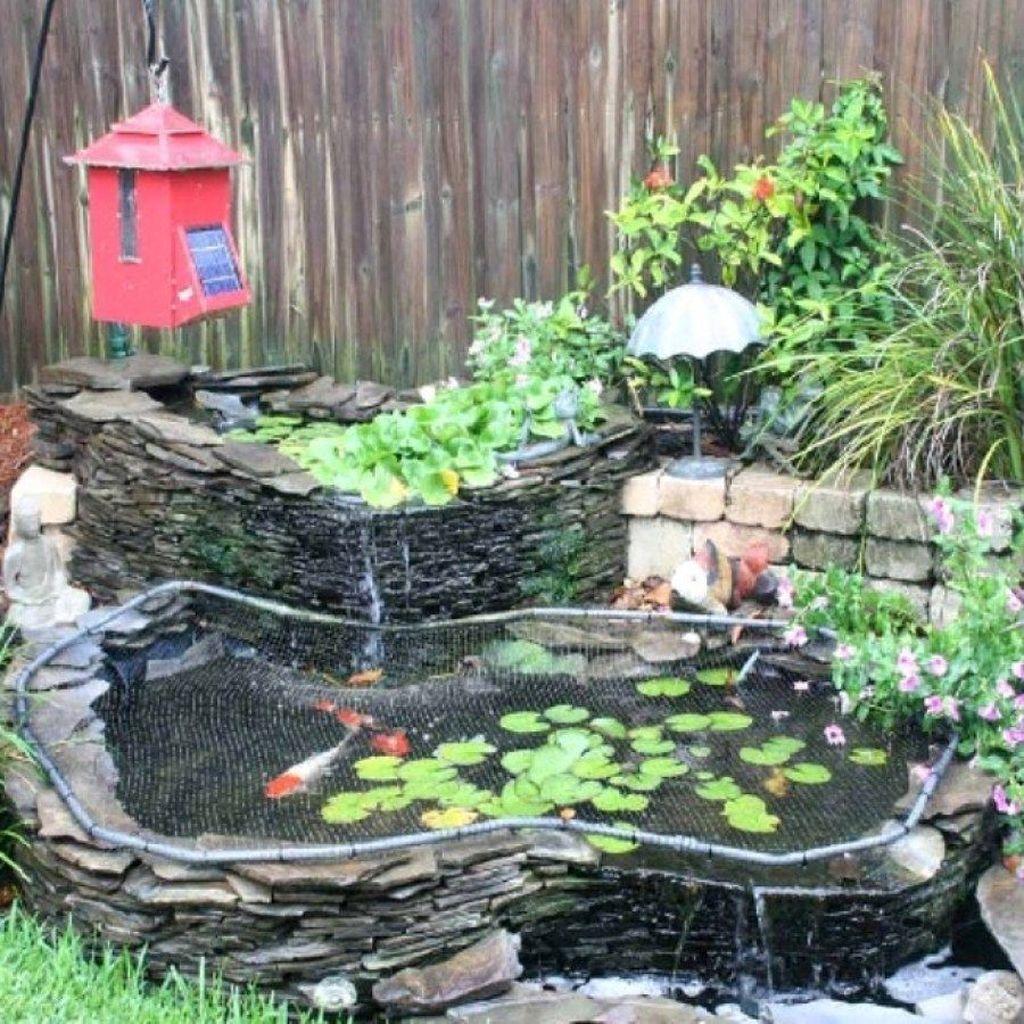 Nice Fish Ponds Backyard Decoration Ideas 13