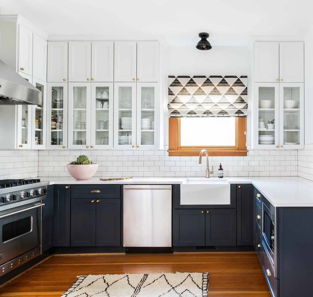 Stunning Navy Kitchen Cabinets Ideas You Have Must See 02
