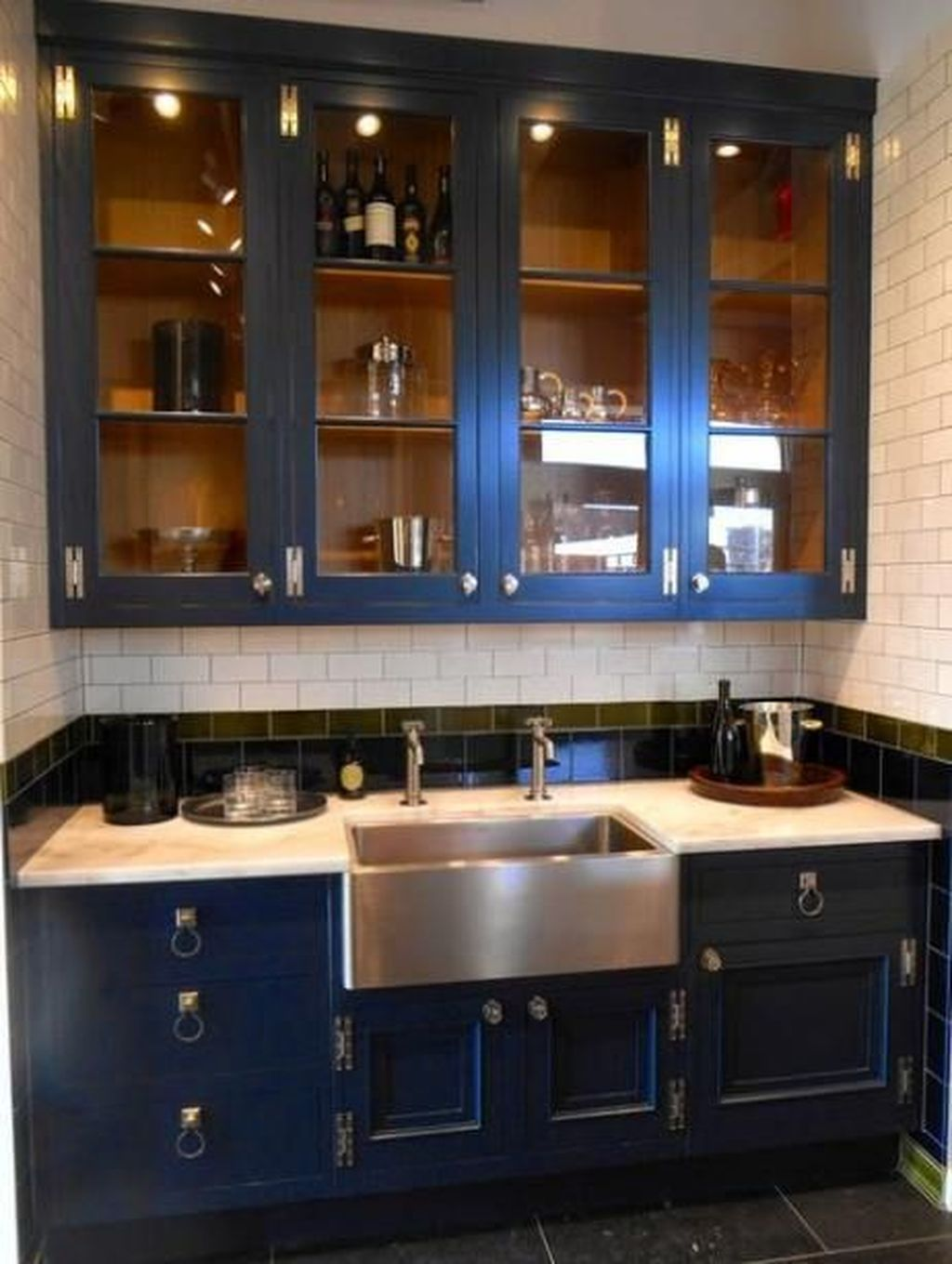 Stunning Navy Kitchen Cabinets Ideas You Have Must See 16