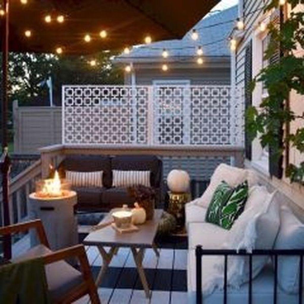 The Best Apartment Balcony Decor Ideas For Fall Season 01