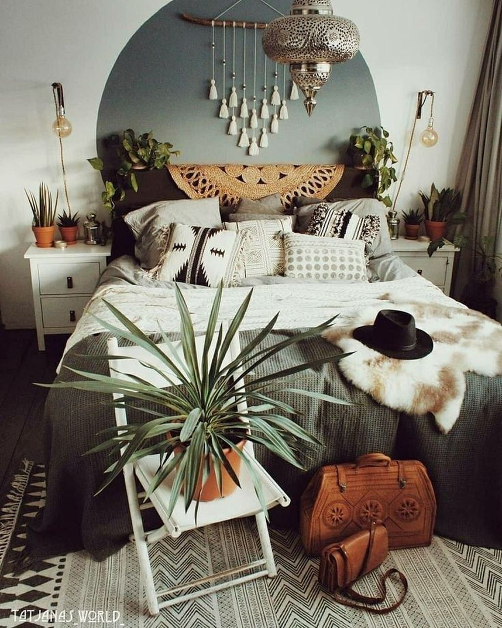 The Best Simple Bedroom Decor Ideas You Must Try 16