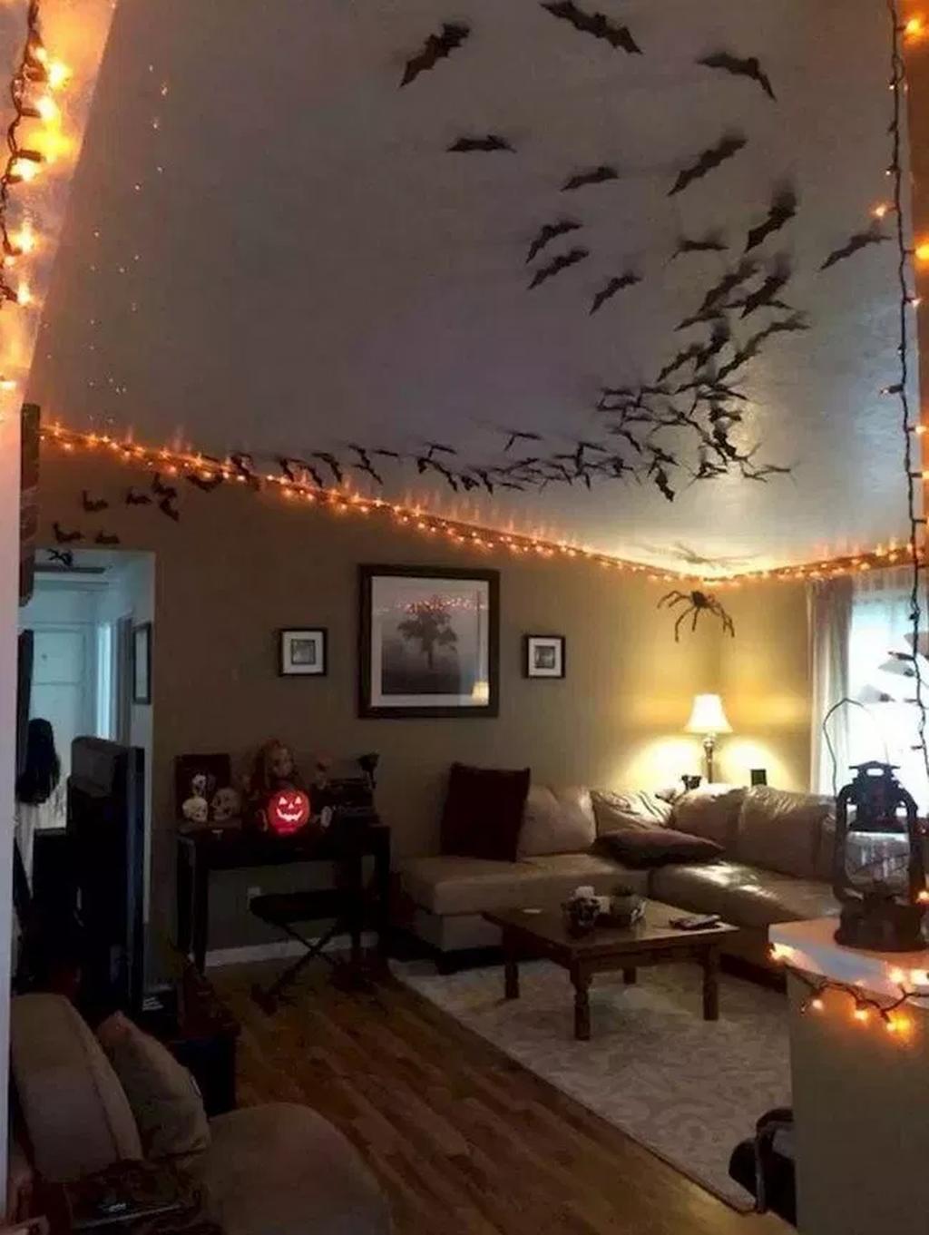 Amazing Bedroom Decoration Ideas With Halloween Theme 11