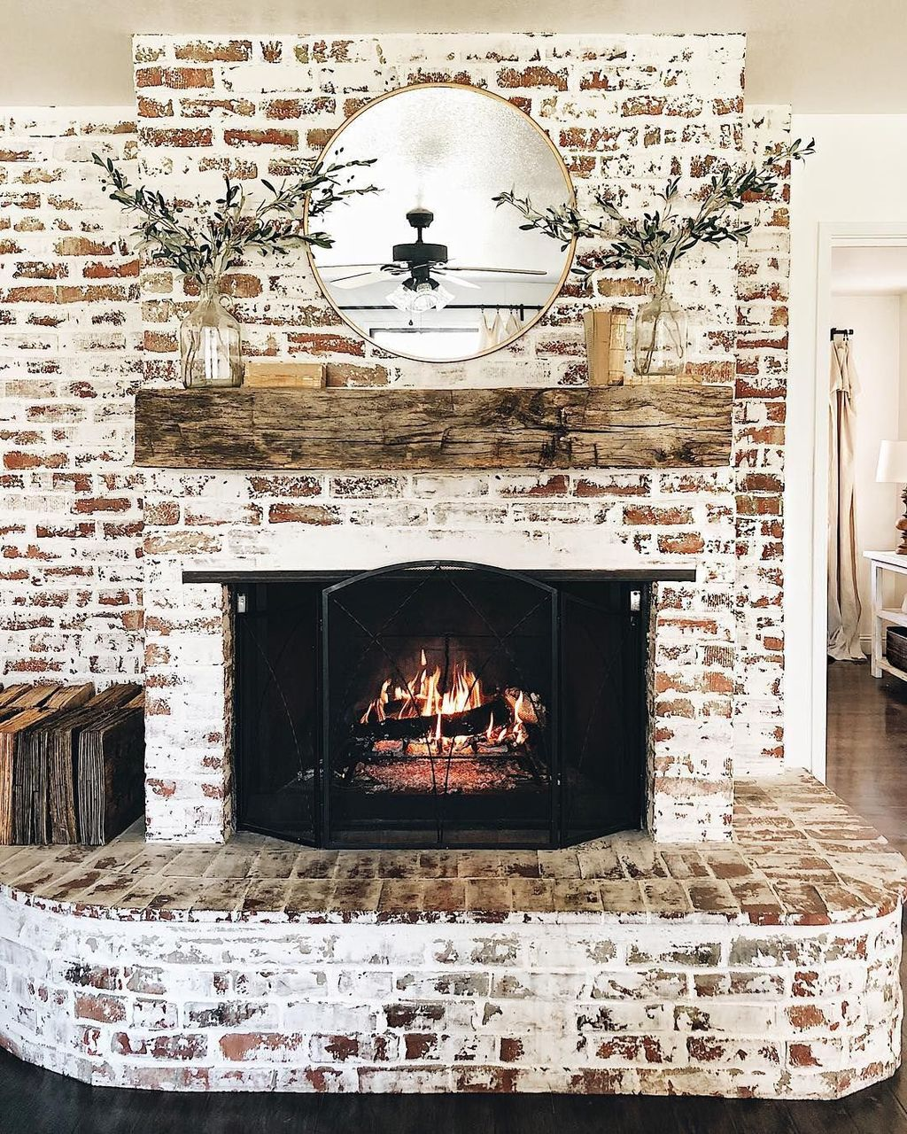 Awesome Living Room Design Ideas With Fireplace 04