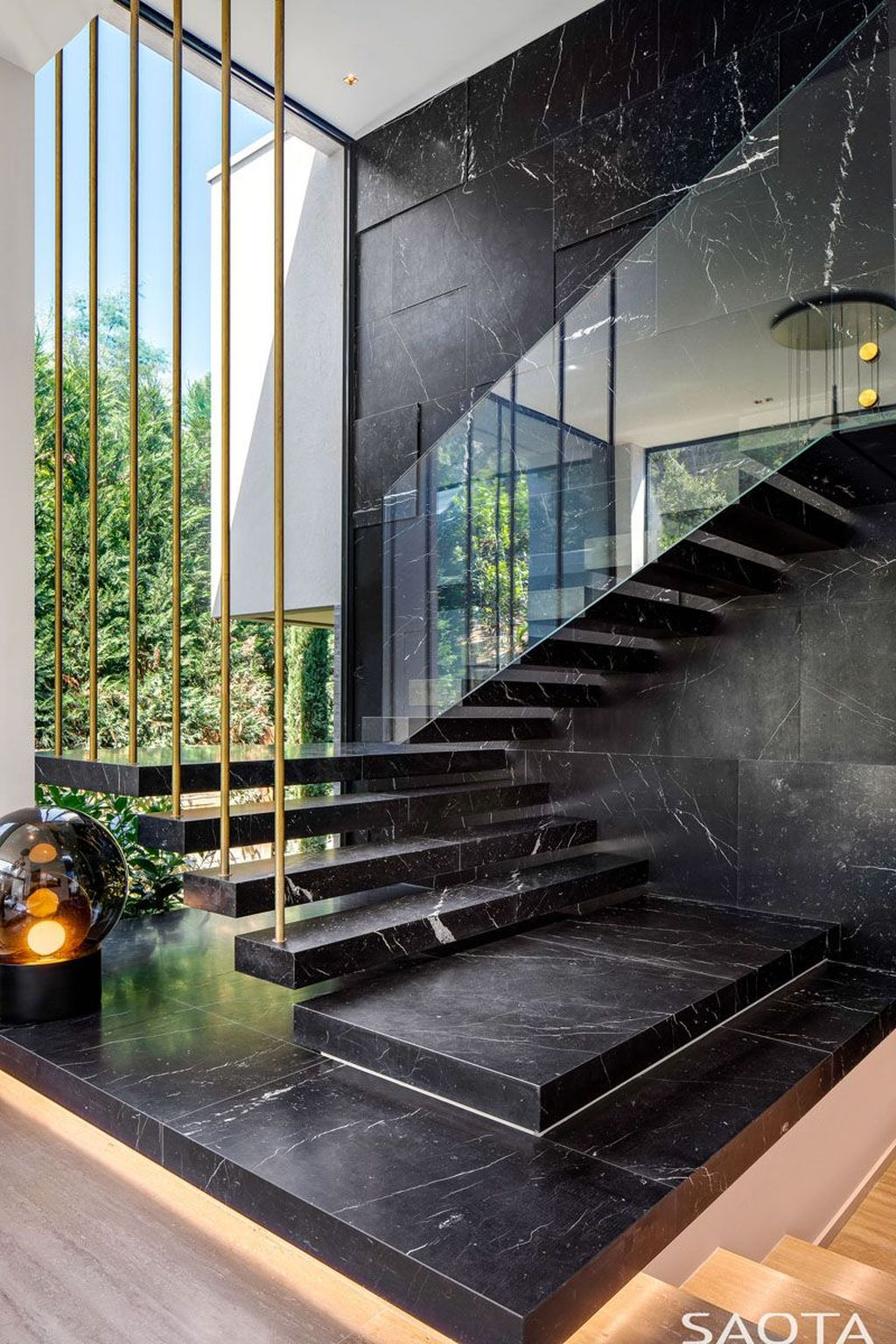Beautiful Home Stairs Design Ideas With Modern Style 28