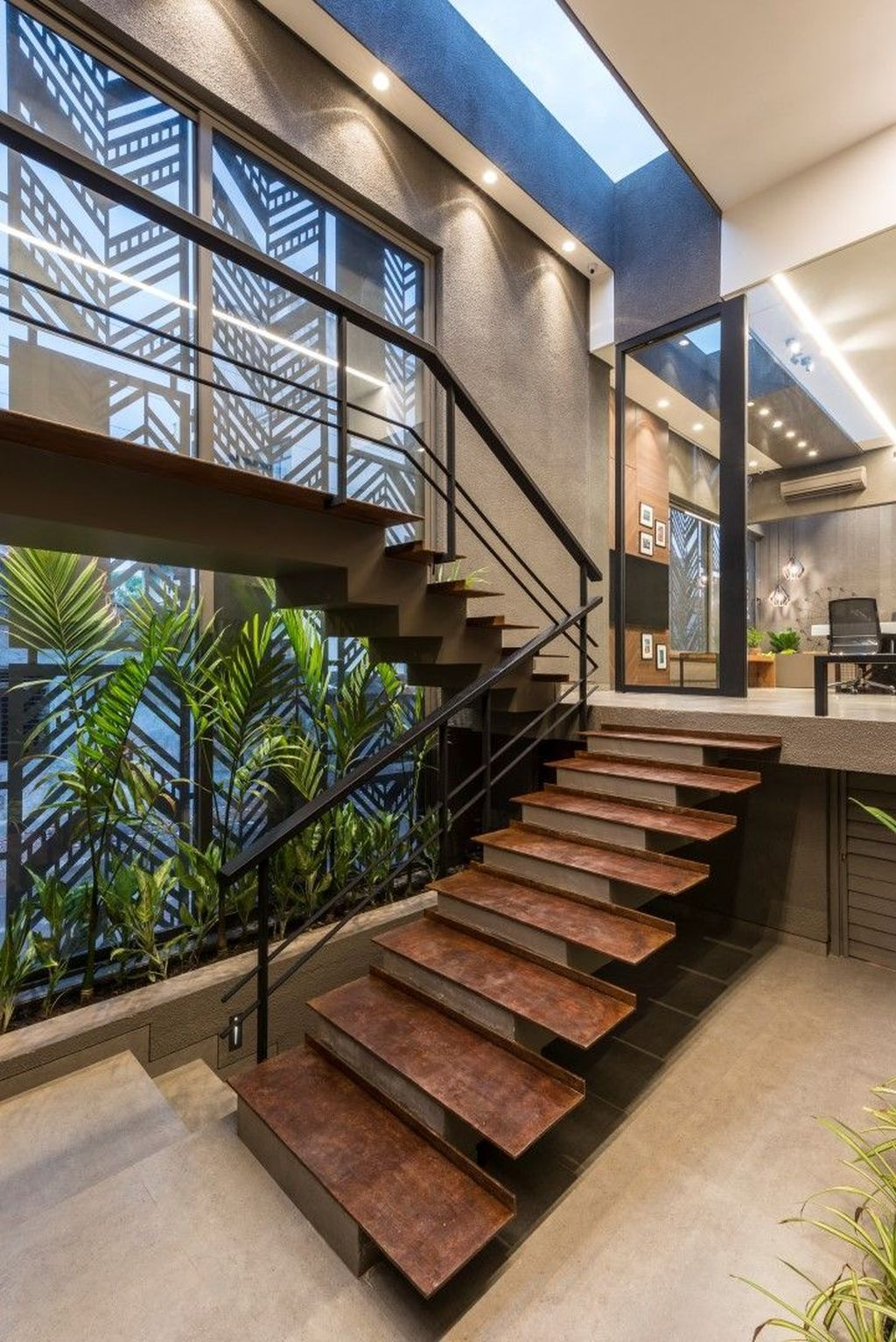 Beautiful Home Stairs Design Ideas With Modern Style 33