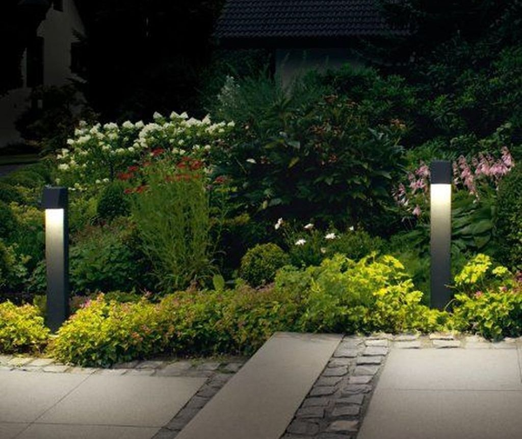 Inspiring Garden Lamps Ideas For Outdoors Decor 10