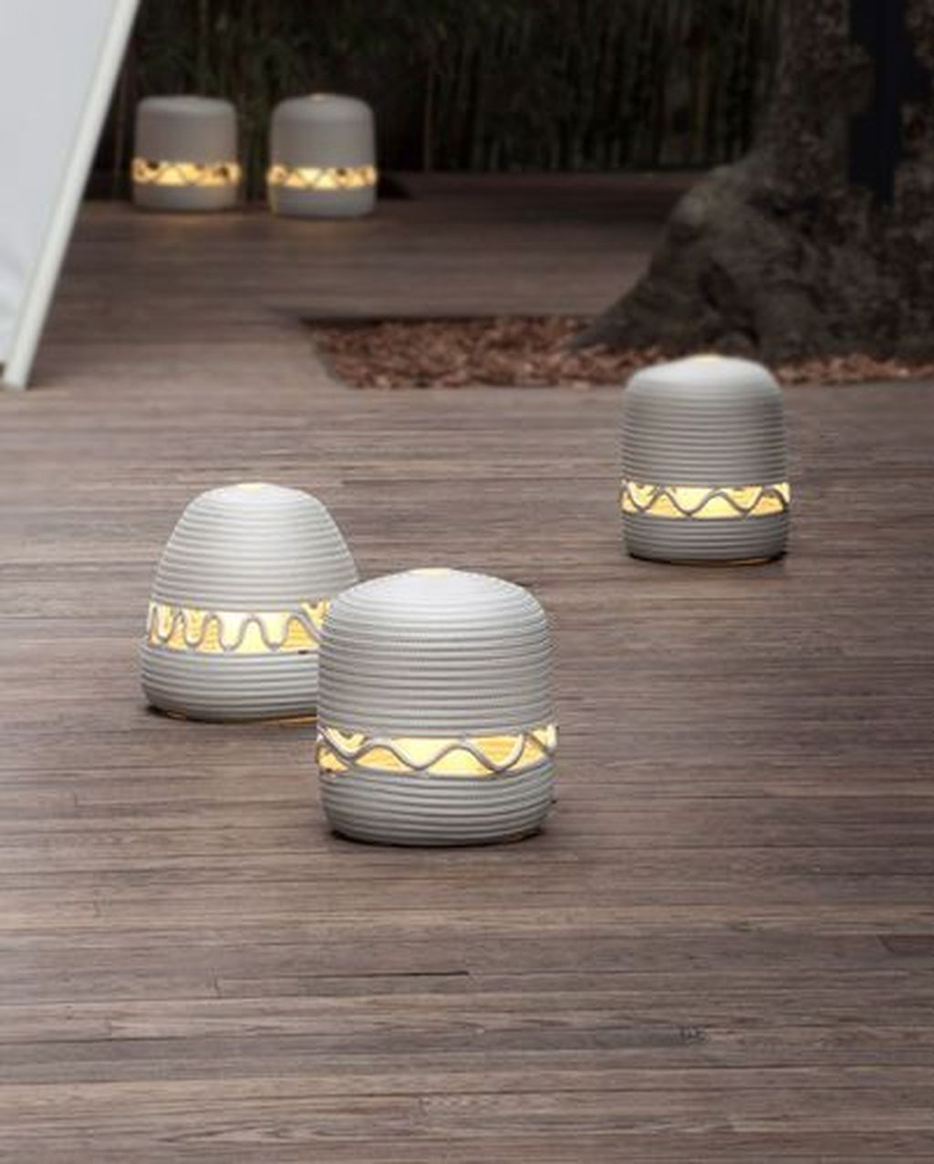 Inspiring Garden Lamps Ideas For Outdoors Decor 11