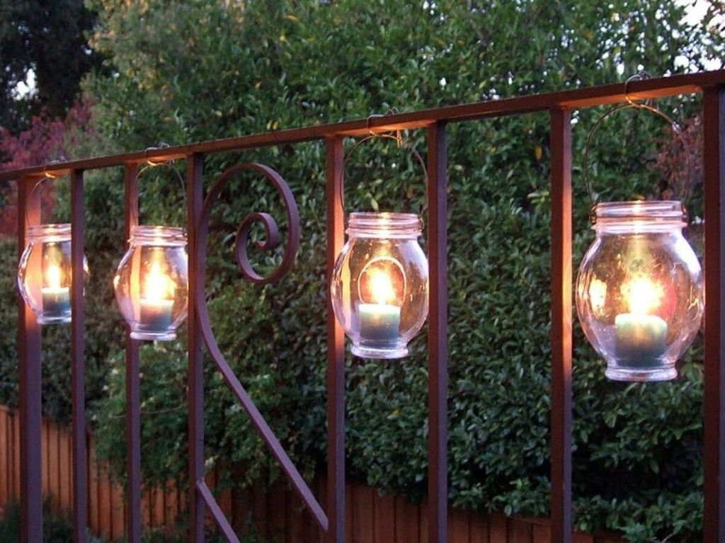 Inspiring Garden Lamps Ideas For Outdoors Decor 24