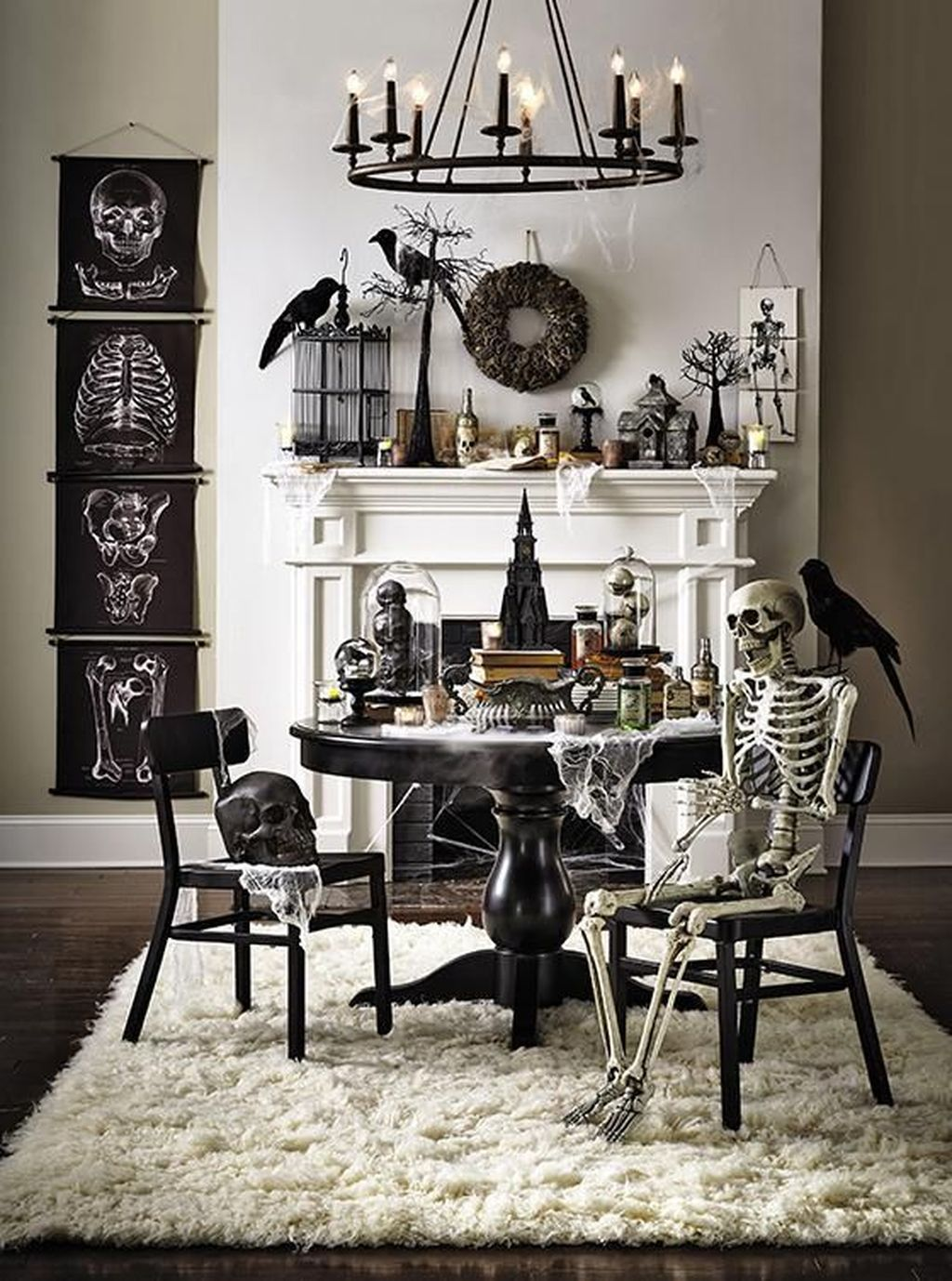 Stunning Black And White Halloween Decor Ideas For Your Home 08