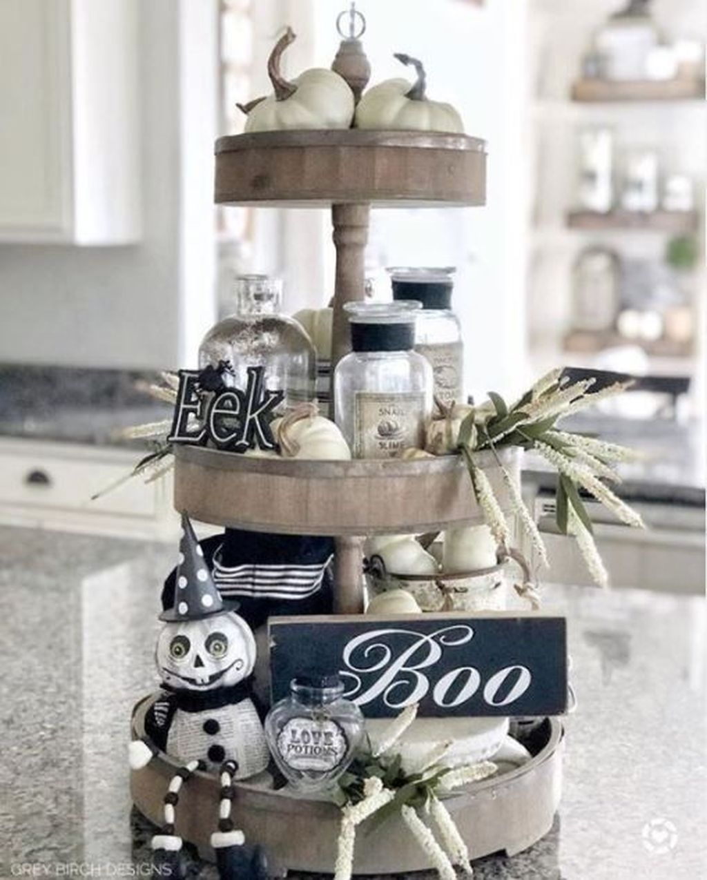 Stunning Black And White Halloween Decor Ideas For Your Home 15