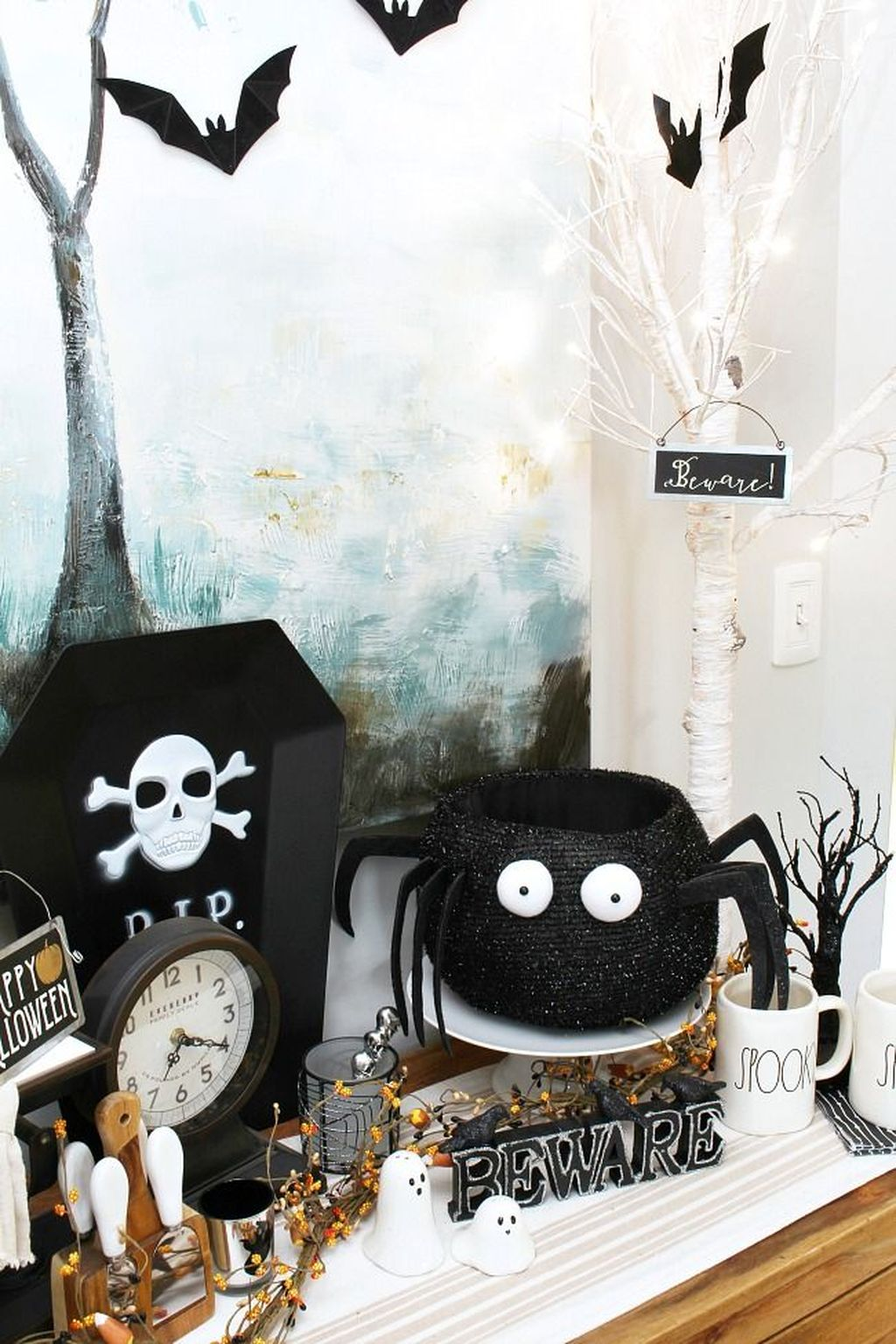 Stunning Black And White Halloween Decor Ideas For Your Home 31